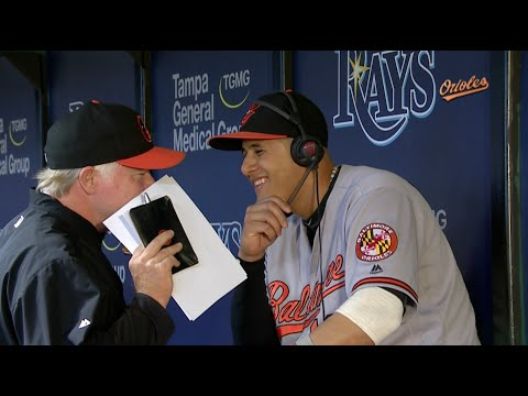 Buck Showalter interrupts Manny Machado's interview