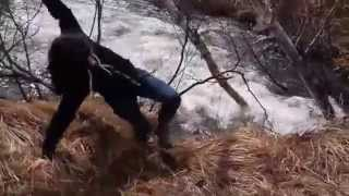 Clarisse au ruisseau
