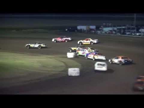 IMCA Stock Car feature Benton County Speedway 8/13/17