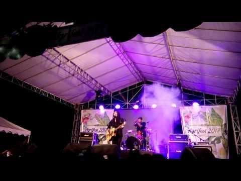 Wayan Jani Live Akustik nanoe Biroe
