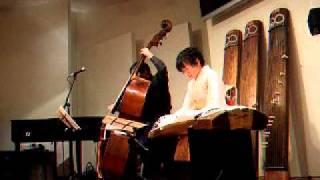 『グリーンスリーブス』 箏 武田明美さん Bass 中山英二さん 2011.1.1.
