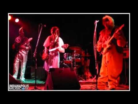 Transient Frank's Rock & Roll Oz (Halloween Show 2003 @ Beatniks in Marion, IN)