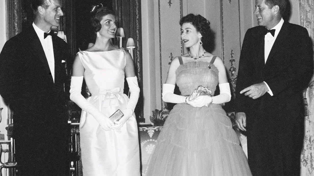 Here\'s What Happened When Jackie Kennedy Met The Queen | Southern ...