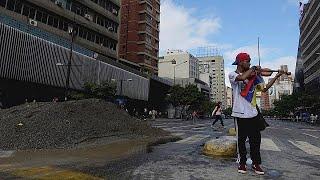 Újra zenél az összevert hegedűs Venezuelában