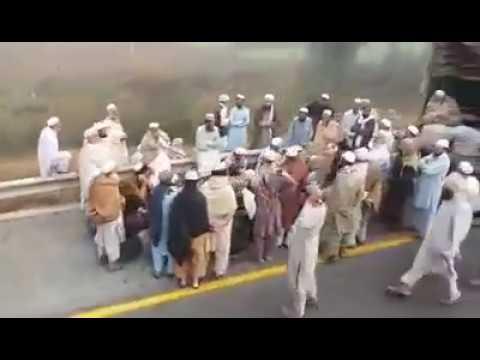 motorway accident pakistan