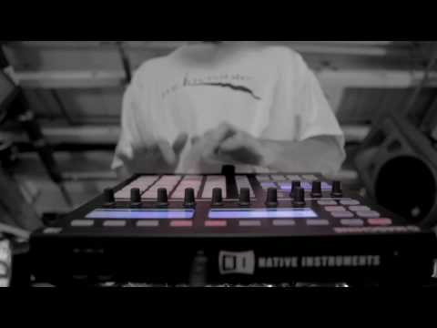 Justin Aswell going crazy solo with MASCHINE | Native Instruments