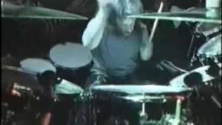 Смотреть клип Blind Guardian - Born In A Mourning Hall