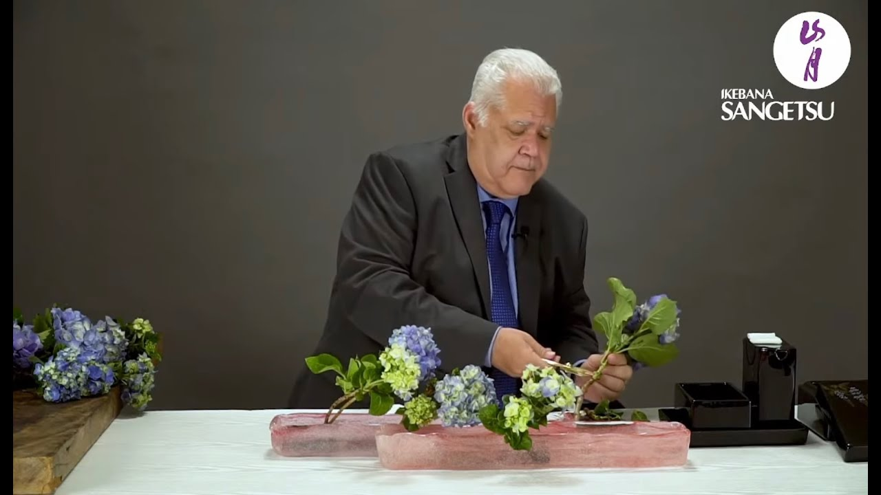 Mass of Flowers - Class with Master Erisson Thompson