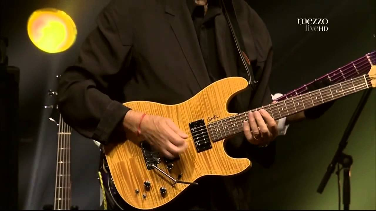 "Bass Solo, ""Etienne M' Bappe"" (McLaughlin, The 4th Dimension)"
