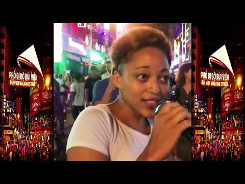 BUI VIEN WALKING STREET/Western girl beatbox and sing to young people