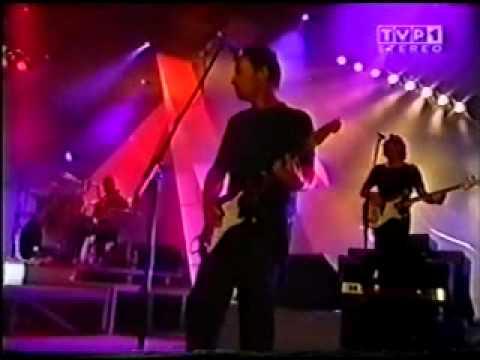 Chris de Burgh - Love's Got a Hold On Me LIVE