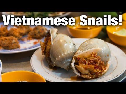 Vietnamese Snail Feast in Saigon - 峄恈 A S貌i Restaurant