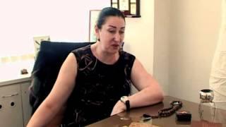 Приворот на менструальной крови и крови из пальца(Магический видео портал: http://www.privoroty.su. Известный маг, Наталья Анатольевна Малиновская, в видео