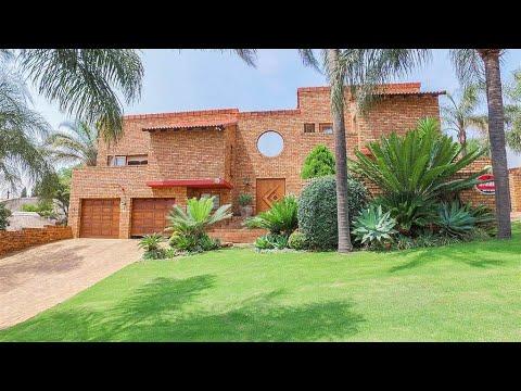 5 Bedroom House for sale in Gauteng   Pretoria   Pretoria East South   Moreleta Park     