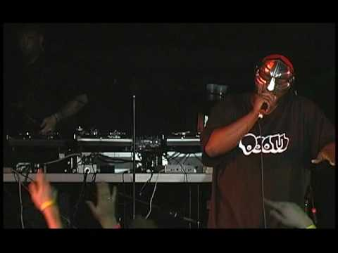 MF Doom Performance at Scribble Jam Part 2 (LIVE)