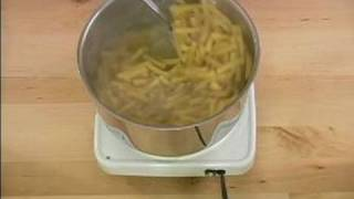 How To Make Pepperoni Ziti For A Diabetic : How To Boil The Pasta For Diabetic Ziti