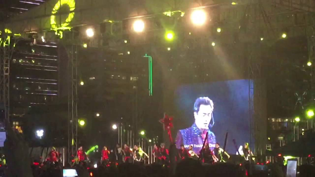 Monica@繼續張國榮大熱派對 當年在該次演唱會的dancers重上舞臺表演 - YouTube