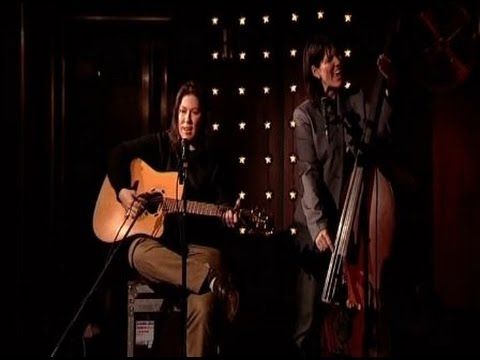 The Breeders - Interview and performance - Here No More - The Culture Show 2008