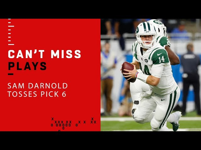 52f523aa2a4 This offseason the Jets surrounded Darnold with some more offensive  firepower: a star running back in Le'Veon Bell and wide receiver Jamison  Crowder.