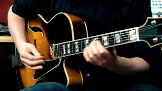 Peerless Monarch Archtop Jazzguitar - Played by Andreas Schulz
