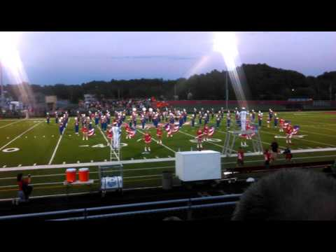 "Slinger high school marching band , ""shake it off"""