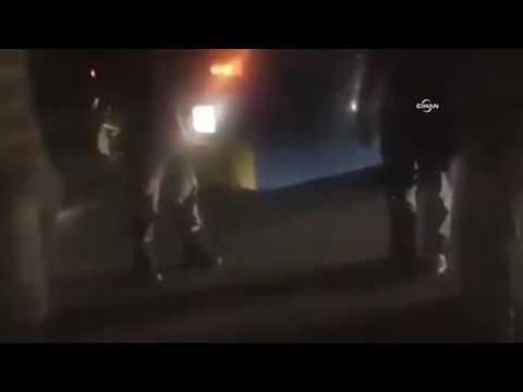 Darbeci askerin masum vatandaşı vurma anı kamerada