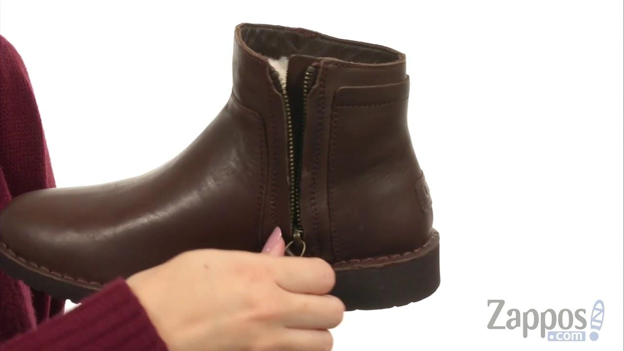 9ab909e6195 UGG Rea Leather SKU: 8943768