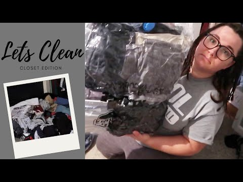 Closet Clean Out | Clean with Me