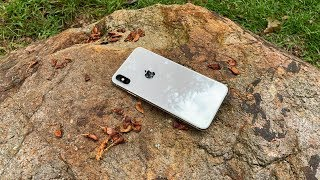 iPhone XS Max Review - The Good and The Bad - 4K60P