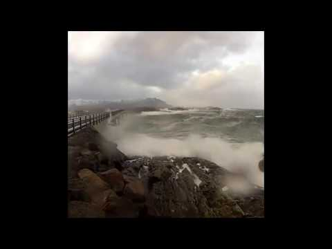 Sea Waves and Music (Rekviem)  Relaxation, Meditation, Sleep, Love