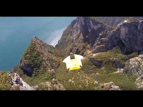 Corna Frea - a wingsuit flight