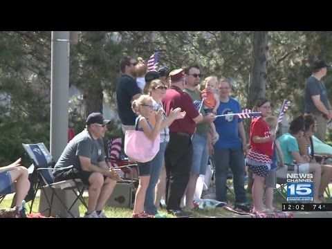Crowd gathers for Memorial Day Parade