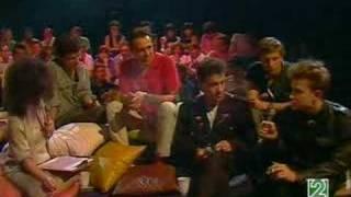 Golpes Bajos - Entrevista Edad De Oro (28-06-1983)