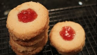 Christmas Treats: Strawberry Almond Thumb Print Cookies Recipe