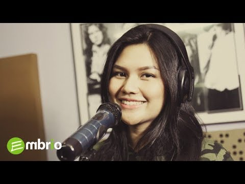 Agnes Monica - Rapuh Cover by Lea Gloria