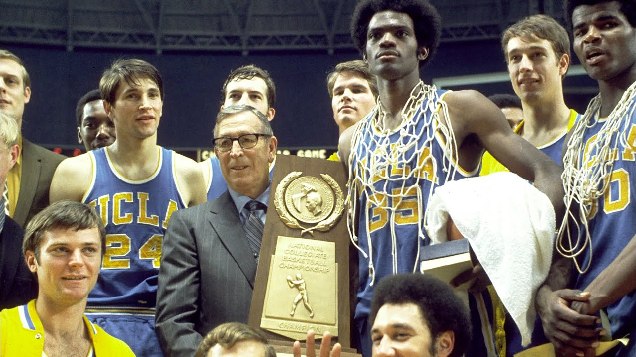 Champion Finish Coach Wooden and Sidney Wicks
