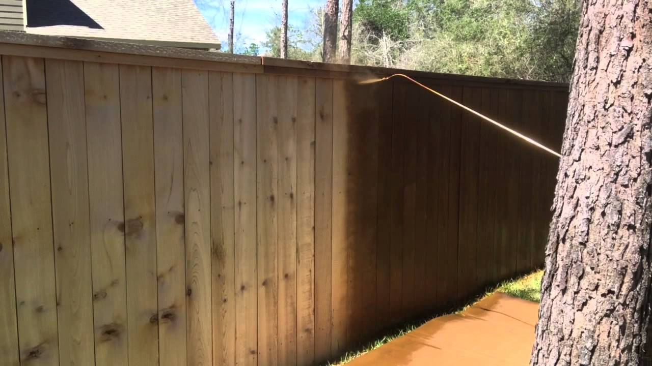 Staining A Cedar Fence With Baker S Gray Away Walnut