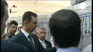 Сирия: Асад появился на публике впервые за последние полтора месяца  (euronews, 01(02).05.2013)