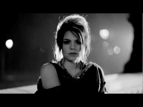 Tatort -Theme song - 01.01.2013 - Heart Shaped Gun (Duet-Version) by FEMME SCHMIDT & Robin Grubert