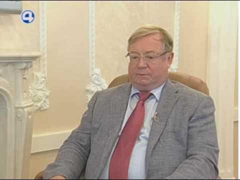 Интервью с главой наблюдательного совета Фонда содействия реформированию ЖКХ Сергеем Степашиным.
