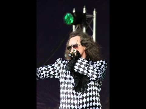 Dr and the Medics Interview at Wychwood Festival