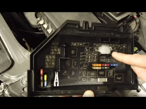 Land Rover Freelander 2 Engine Fusebox & How To Disable LR2 (starter Motor Relay)