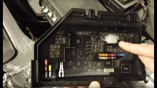 Sicherungskasten Fuse Box 6G9T-14D572-LA Land Rover Freelander 2 II 2.2 Td4