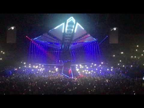 The Weeknd - Starboy Live at O2