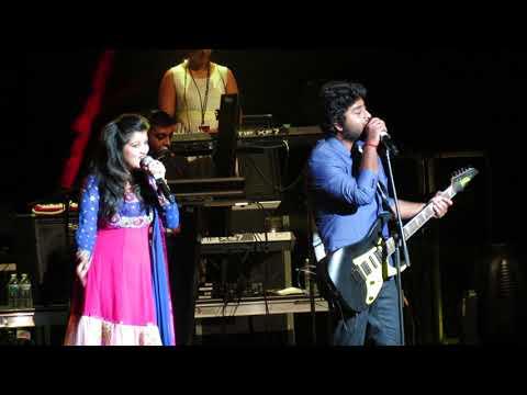 Arijit Singh singing Har Kisi Ko Live (Boss) Mp3