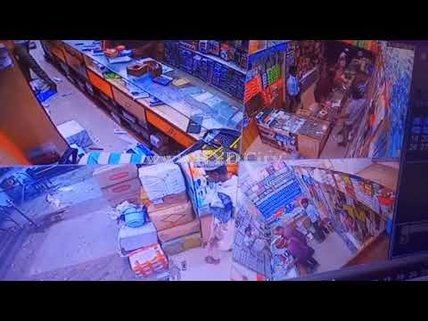Thief Stealing Cash from Mobile Shop Counter In Koti Hyderabad