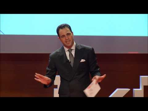 Tango, bana en az dans etmeyi öğretti! | Ali Alper Özdemir | TEDxİKÜ