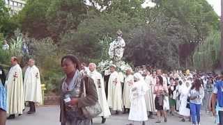 Arrivée de la Procession à l