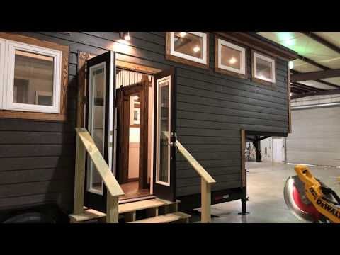33' Lookout from Tiny House Chattanooga