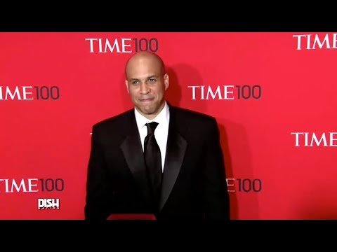 FIRST LADY ROSARIO DAWSON? CORY BOOKER SPOTTED ON DATE NIGHT WITH THE ACTRESS